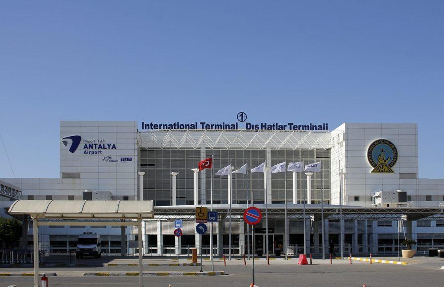 Aeropuerto de Antalya Turquía
