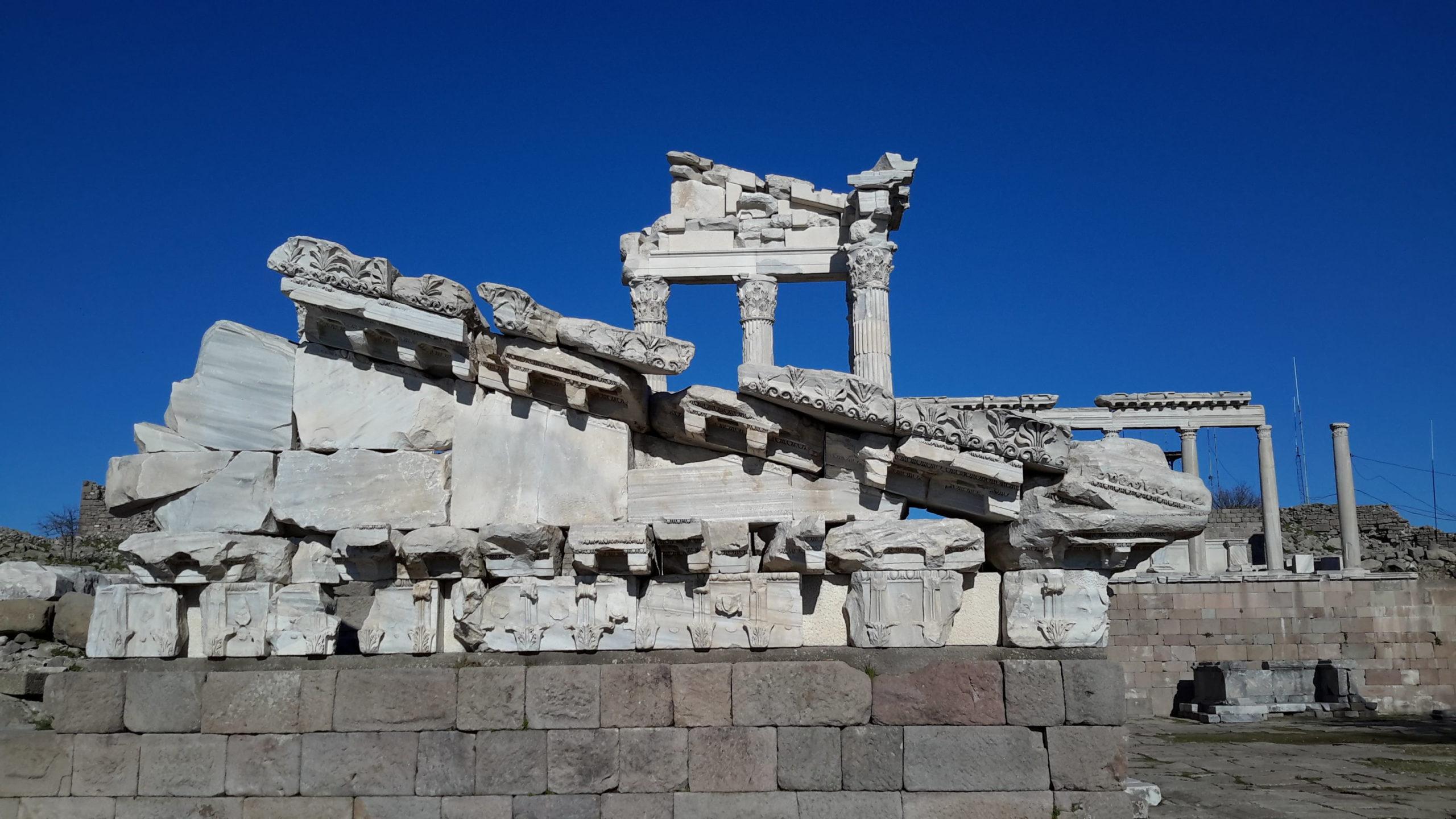 Parte das ruínas da antiga cidade de Pérgamo